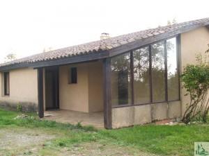 maison dans le village
